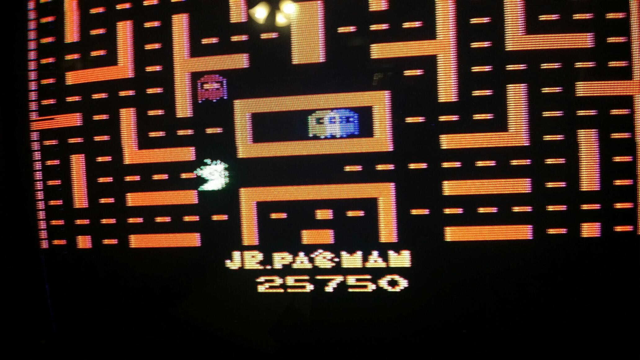 SeanStewart: Jr. Pac-Man (Atari 2600) 25,750 points on 2016-12-21 14:20:14