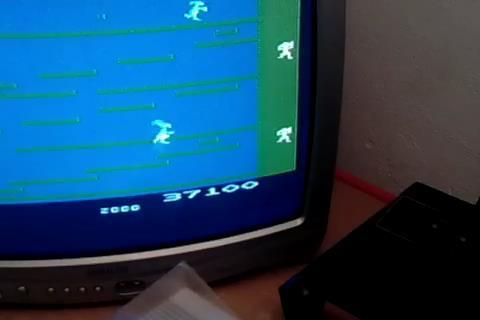RetroRob: Kangaroo [Advanced] (Atari 2600) 37,100 points on 2020-10-07 01:54:59
