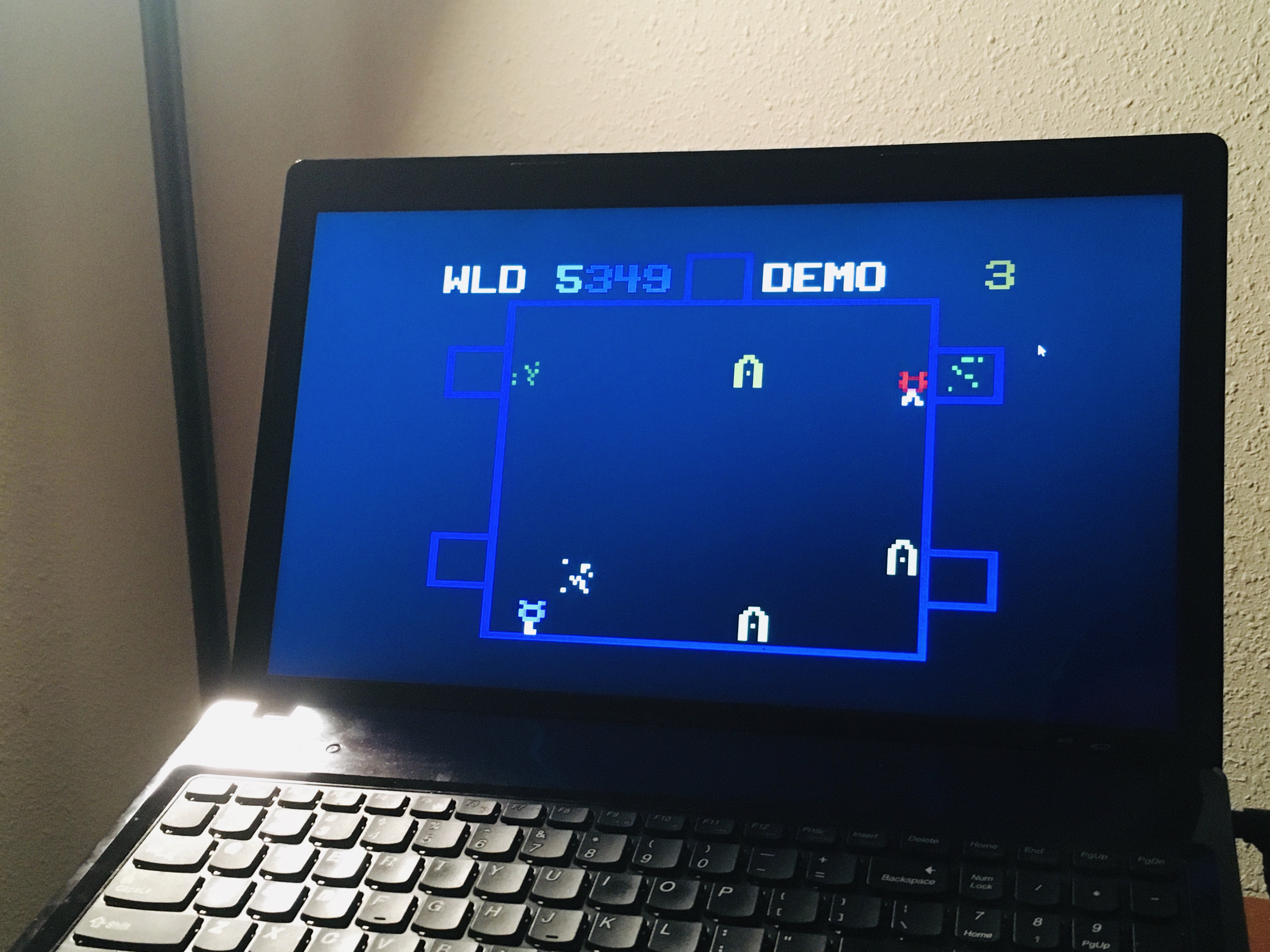 WDD: Killer Bees (Odyssey 2 / Videopac Emulated) 5,349 points on 2020-08-13 05:33:03
