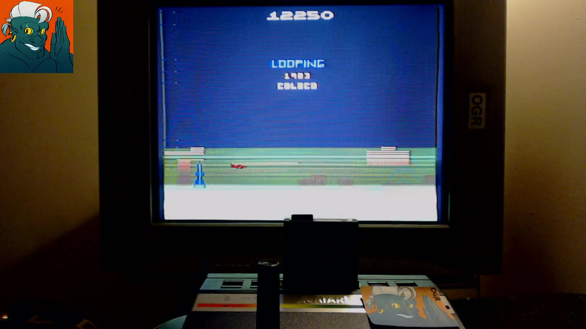 AwesomeOgre: Looping (Atari 2600) 12,250 points on 2019-10-20 13:17:39