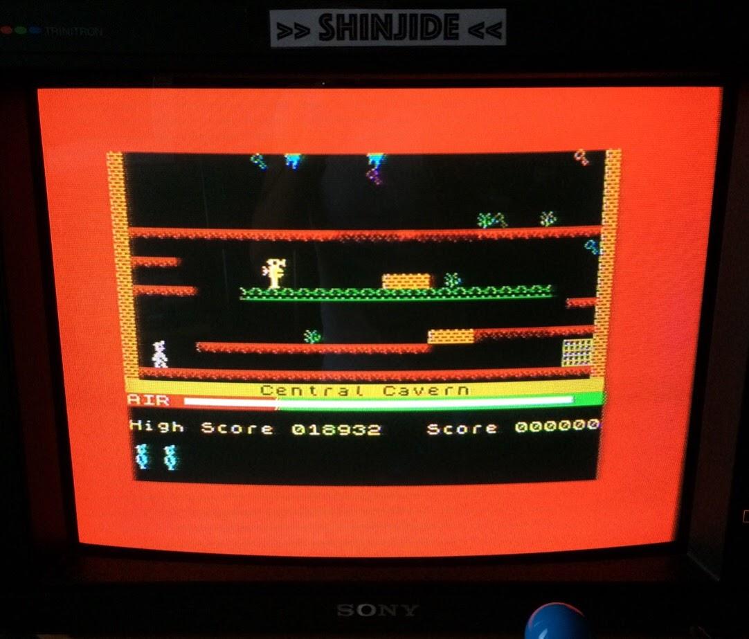 SHiNjide: Manic Miner (ZX Spectrum) 18,932 points on 2015-07-13 10:10:07