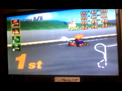 S.BAZ: Mario Kart 64: Luigi Raceway [Lap Time] [50cc] (N64) 0:00:45.4 points on 2016-05-26 15:47:27