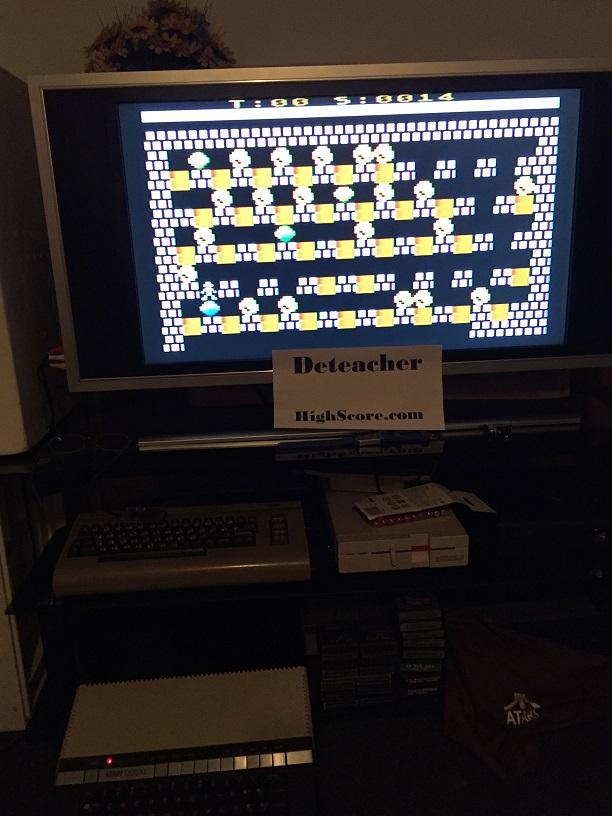 Deteacher: Micro-Dash (Atari 400/800/XL/XE) 14 points on 2016-05-04 21:21:29