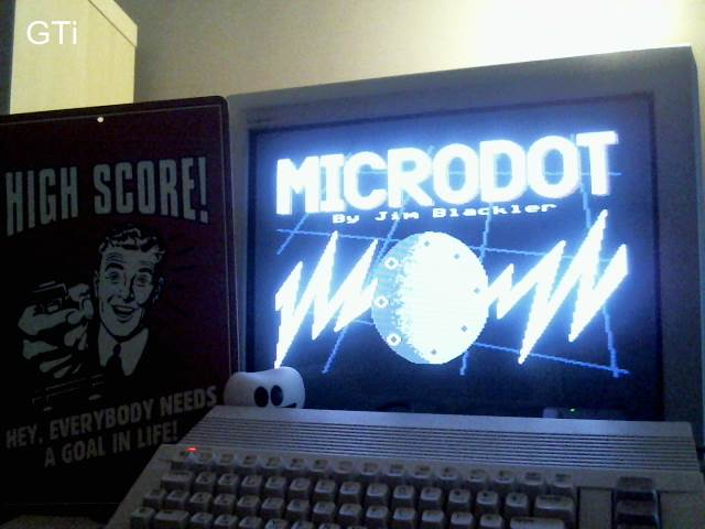 GTibel: Microdot (Commodore 64) 1,140 points on 2016-11-24 04:58:19
