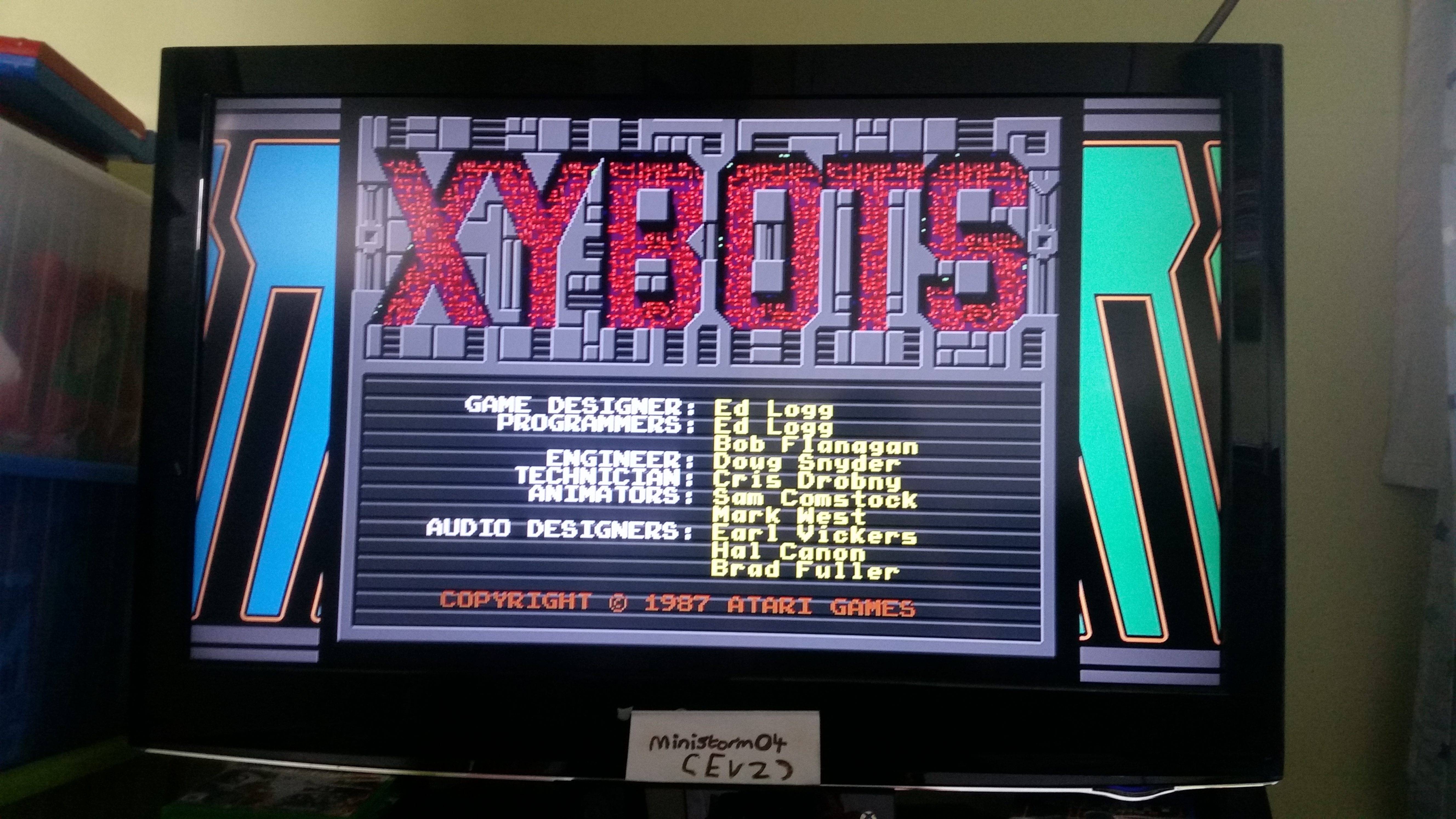 Midway Arcade Origins: Xybots 76,900 points
