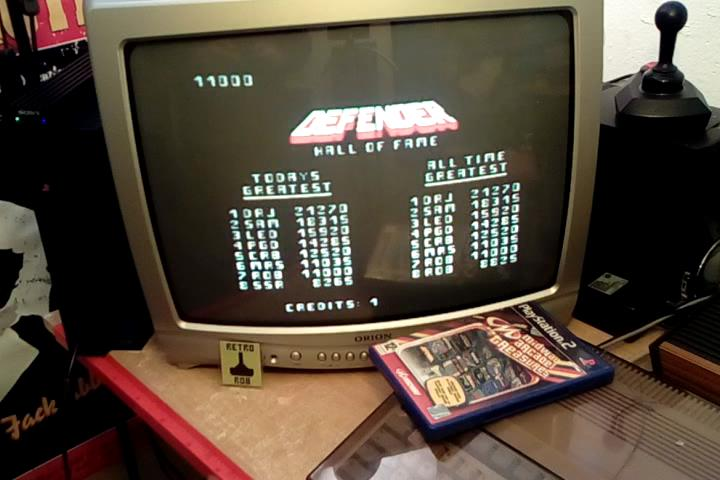 RetroRob: Midway Arcade Treasures: Defender (Playstation 2) 11,000 points on 2020-04-10 08:32:51