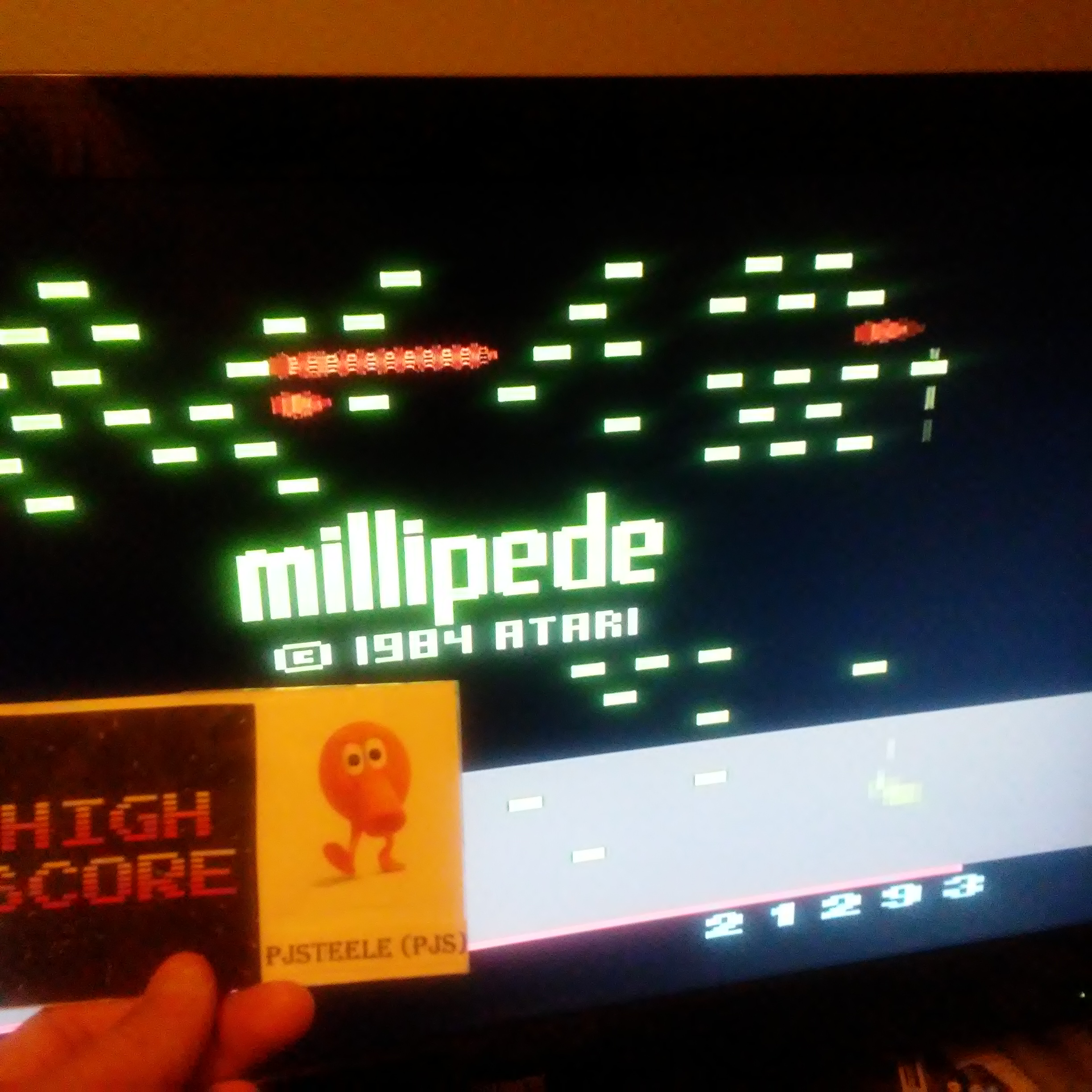 Pjsteele: Millipede (Atari 2600 Emulated Novice/B Mode) 21,293 points on 2017-10-24 20:28:39