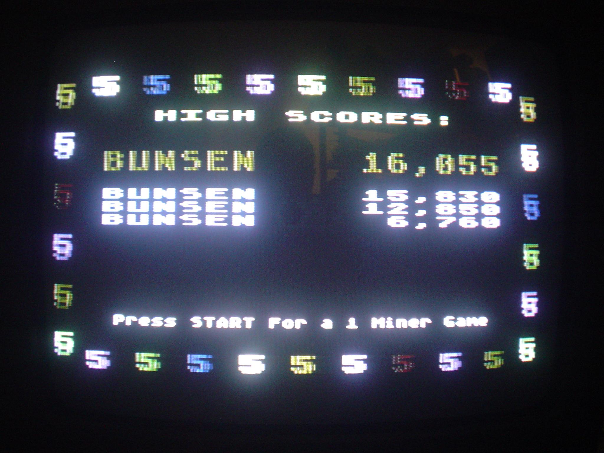 Bunsen: Miner 2049er (Atari 400/800/XL/XE) 16,055 points on 2016-04-28 02:39:27