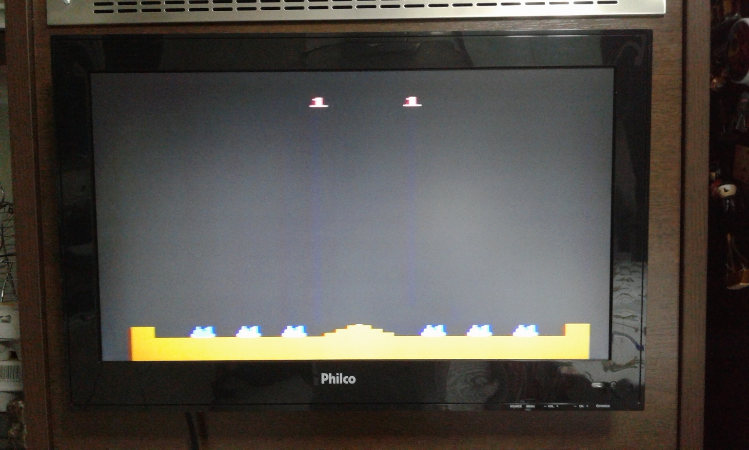 oyamafamily: Missile Command (Atari 2600 Expert/A) 215,780 points on 2017-01-28 04:25:13