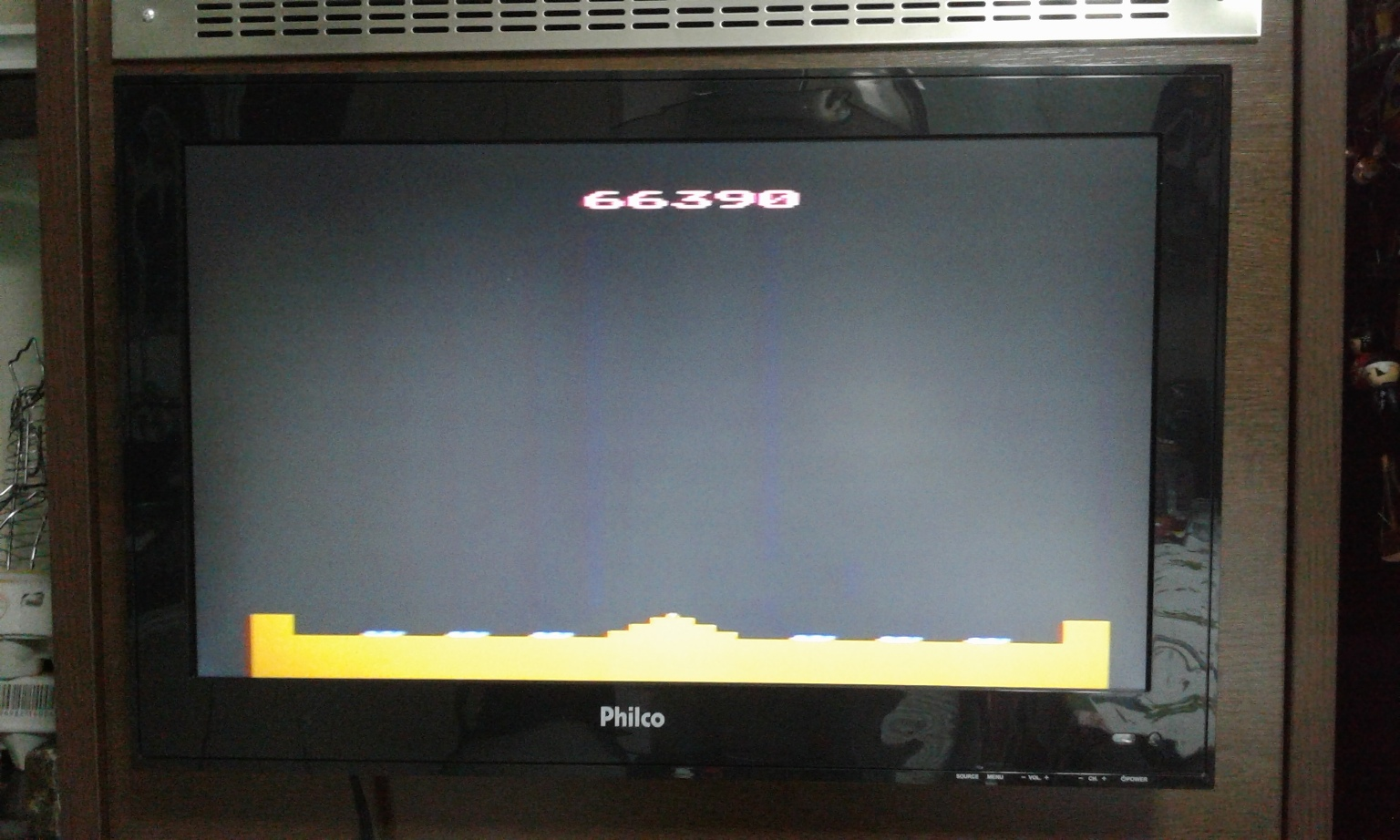 oyamafamily: Missile Command: Game 16 (Atari 2600 Novice/B) 66,390 points on 2017-01-28 04:24:12