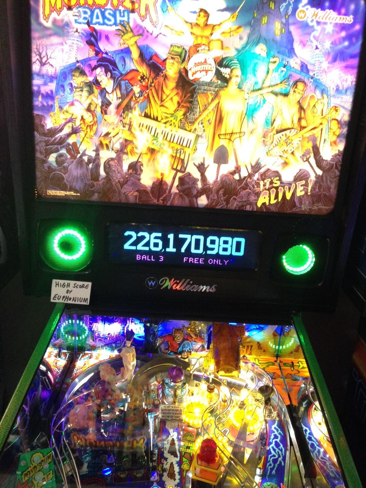 euphonium: Monster Bash (Pinball: 3 Balls) 229,629,030 points on 2017-06-27 21:45:28