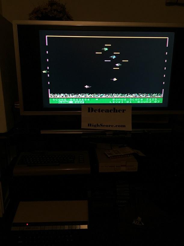 Deteacher: Mr. Cool (Atari 400/800/XL/XE) 49,484 points on 2016-05-04 21:25:36