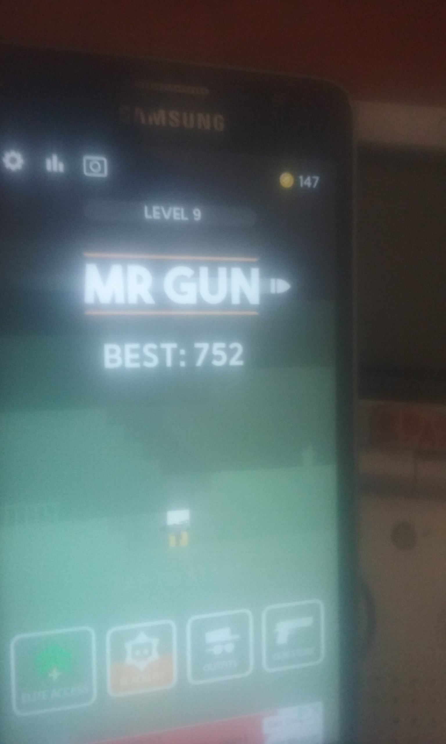 S.BAZ: Mr. Gun (Android) 752 points on 2019-11-21 04:08:55