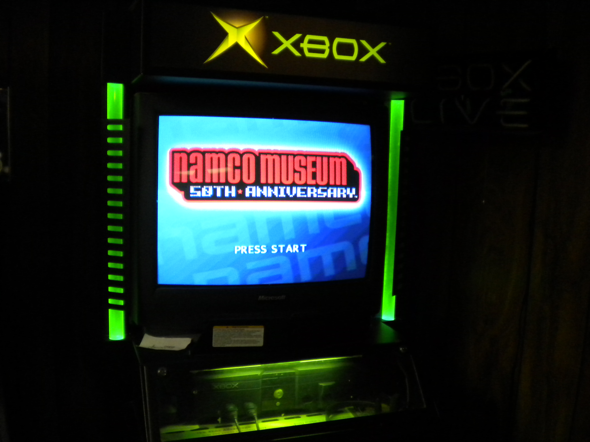 darrin9999: Namco Museum 50th Anniversary: Pac-Man (Xbox) 14,890 points on 2016-12-26 15:53:35