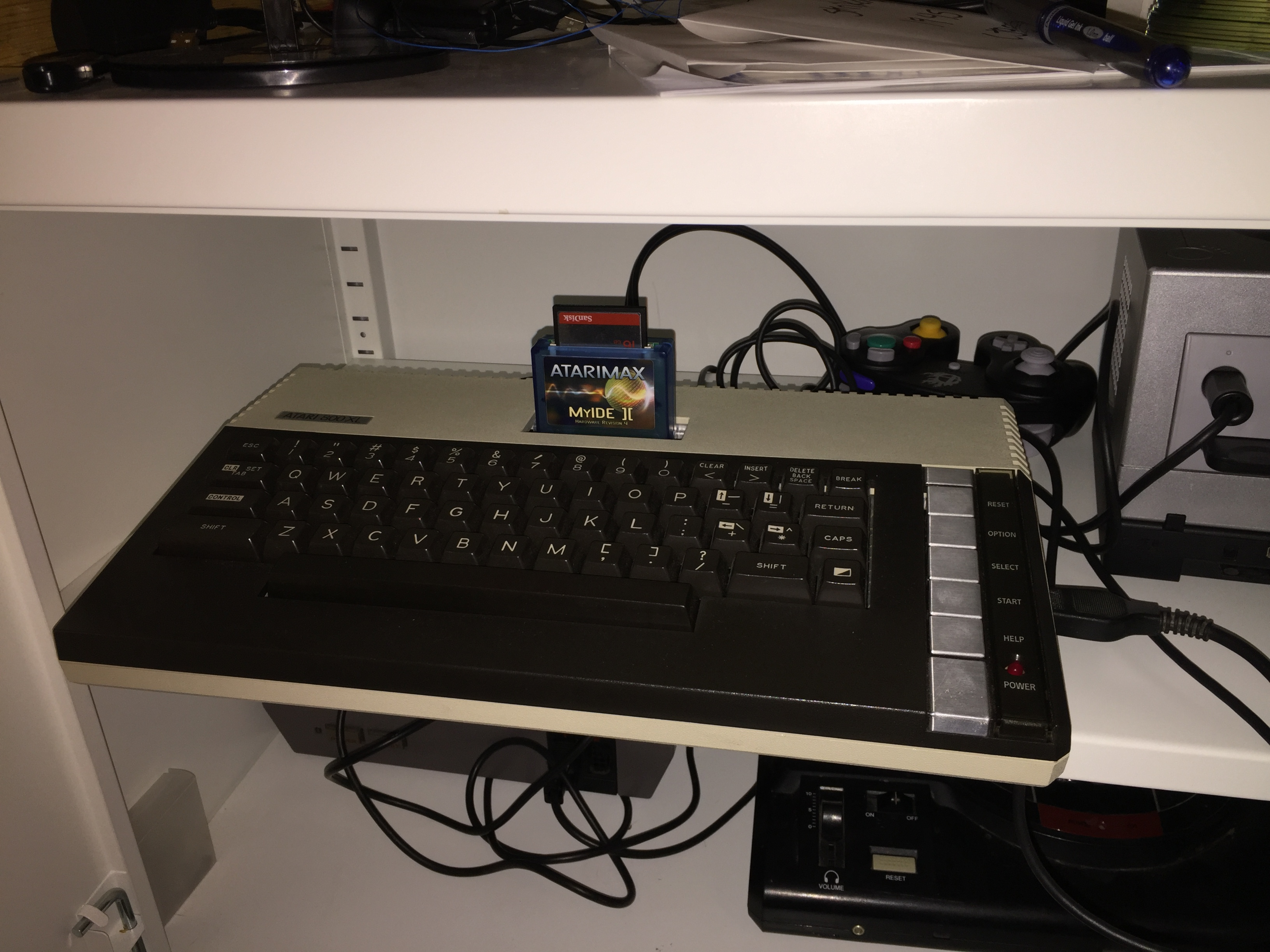 derek: Night Strike [Level 2] (Atari 400/800/XL/XE) 5,800 points on 2016-04-01 21:06:43