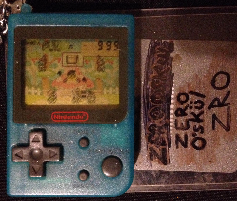 zerooskul: Nintendo Mini Classics: The Smurfs [Game A] (Dedicated Handheld) 999 points on 2019-12-04 01:45:42