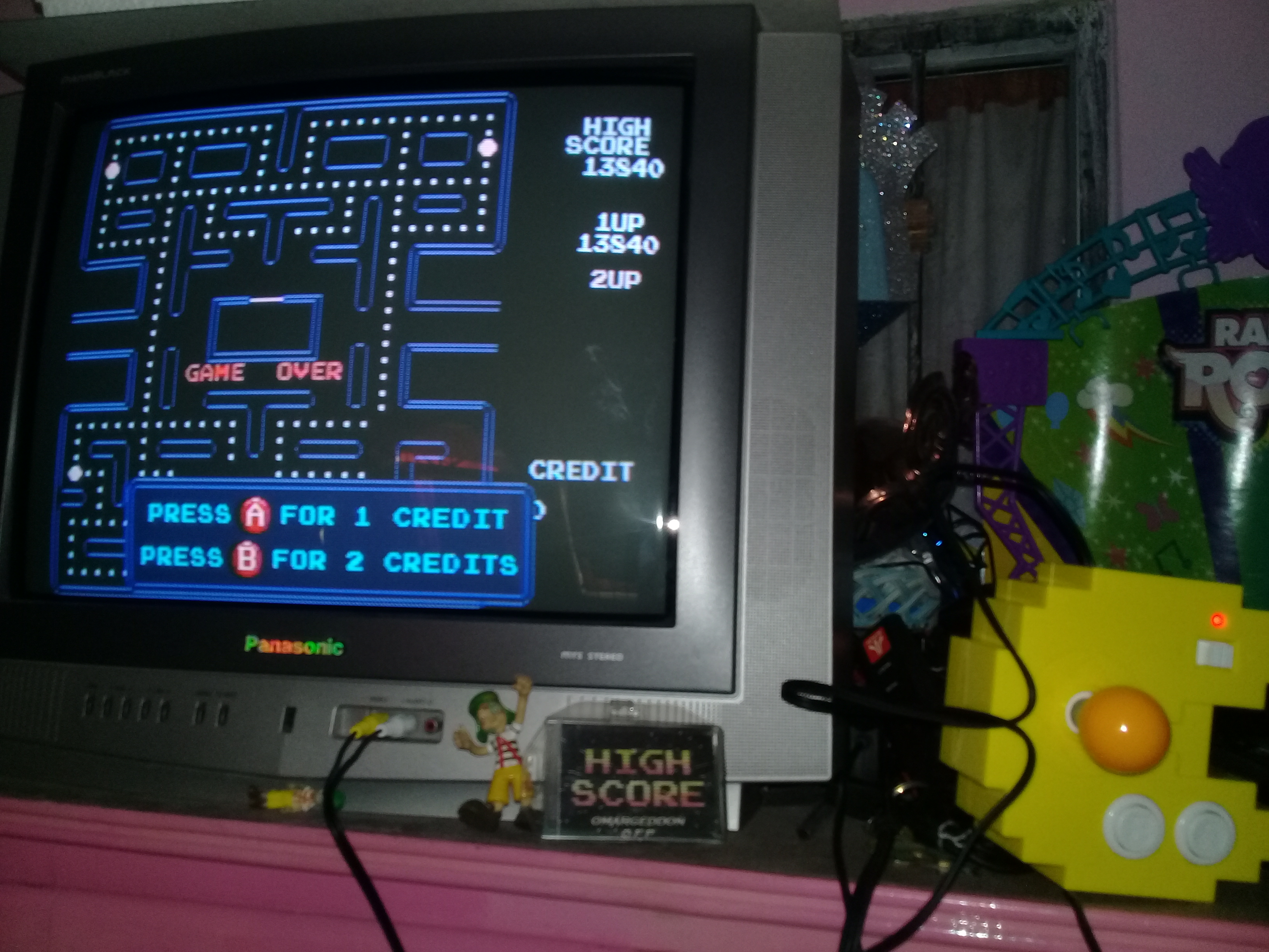 omargeddon: Pac-Man 256 (Bandai Pac-Man Connect and Play) 13,840 points on 2018-12-20 17:08:05