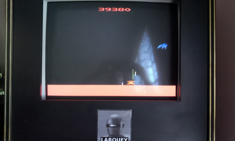 Larquey: Phoenix (Atari 2600 Emulated Novice/B Mode) 39,380 points on 2018-02-20 08:06:09