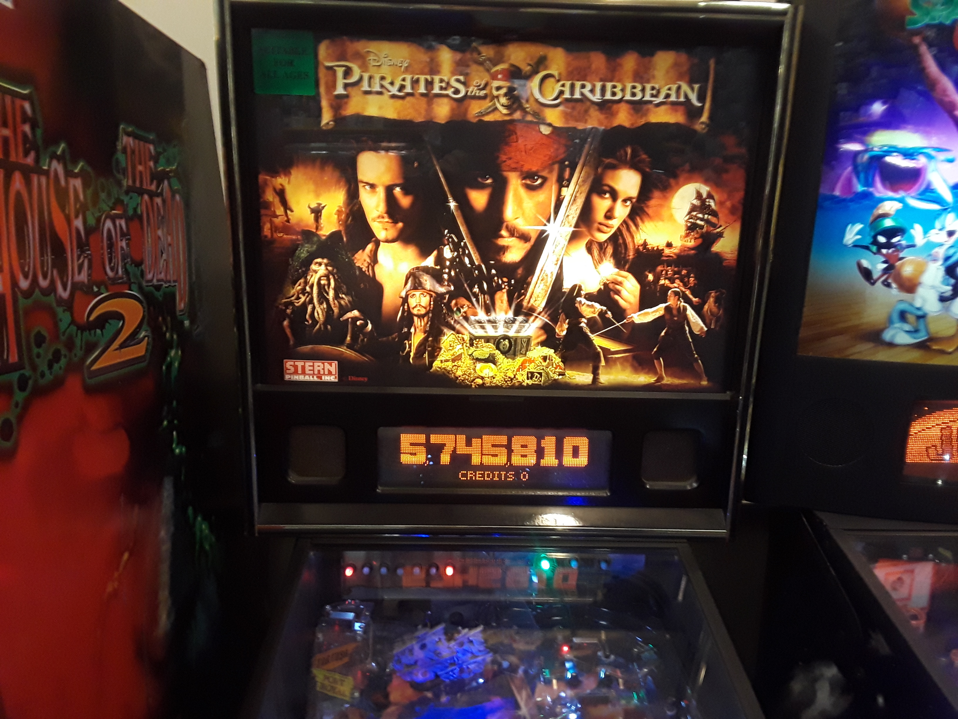 JML101582: Pirates of the Caribbean (Pinball: 3 Balls) 5,745,810 points on 2018-04-13 20:16:25