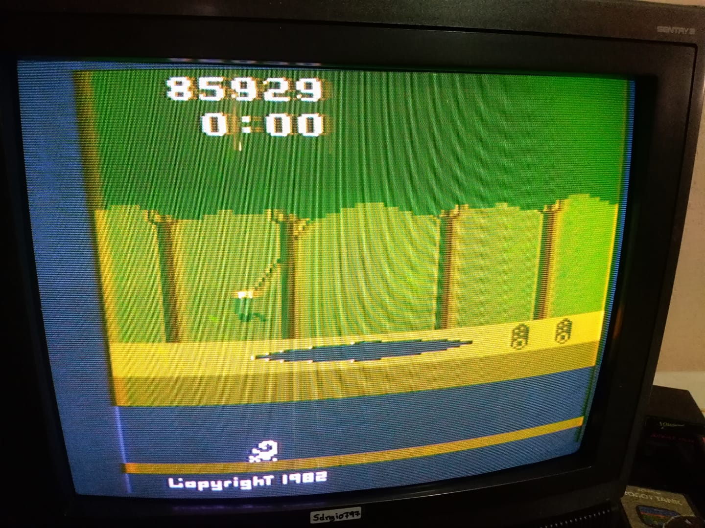 Pitfall! 85,929 points