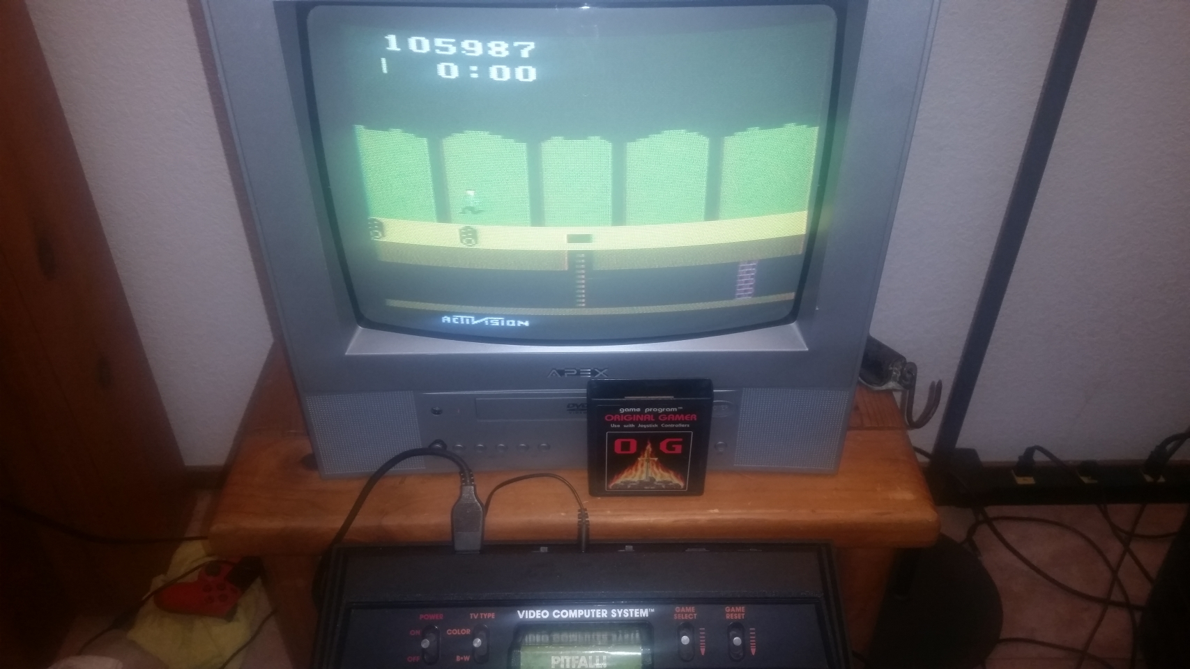 OriginalGamer: Pitfall! (Atari 2600 Novice/B) 105,987 points on 2018-01-07 03:26:23