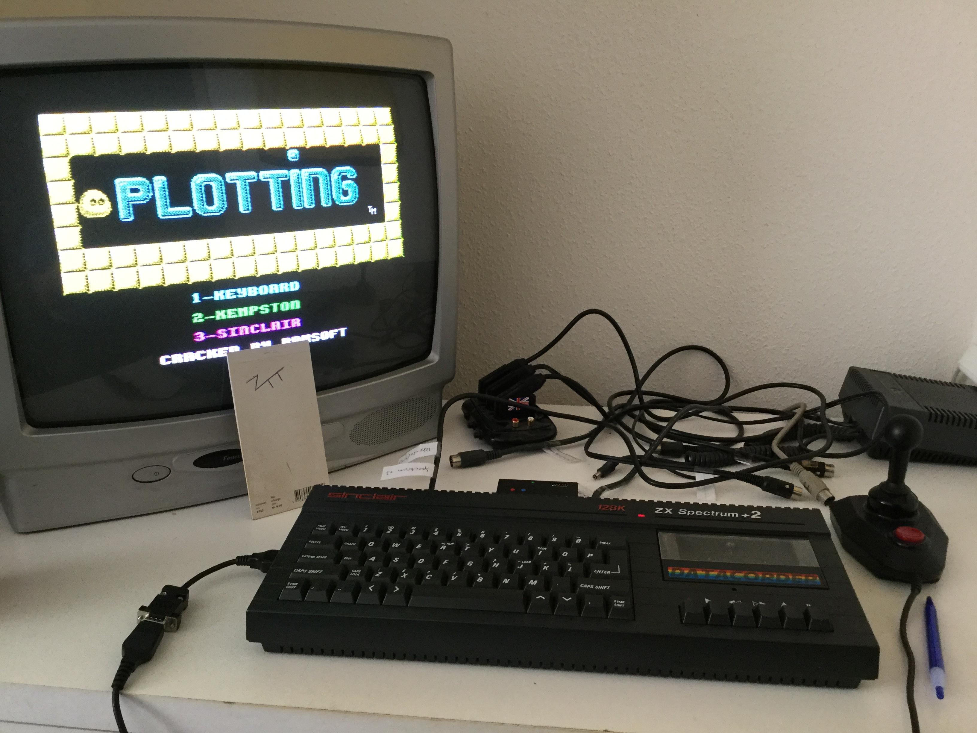 Frankie: Plotting (ZX Spectrum) 32,600 points on 2018-06-01 01:50:46