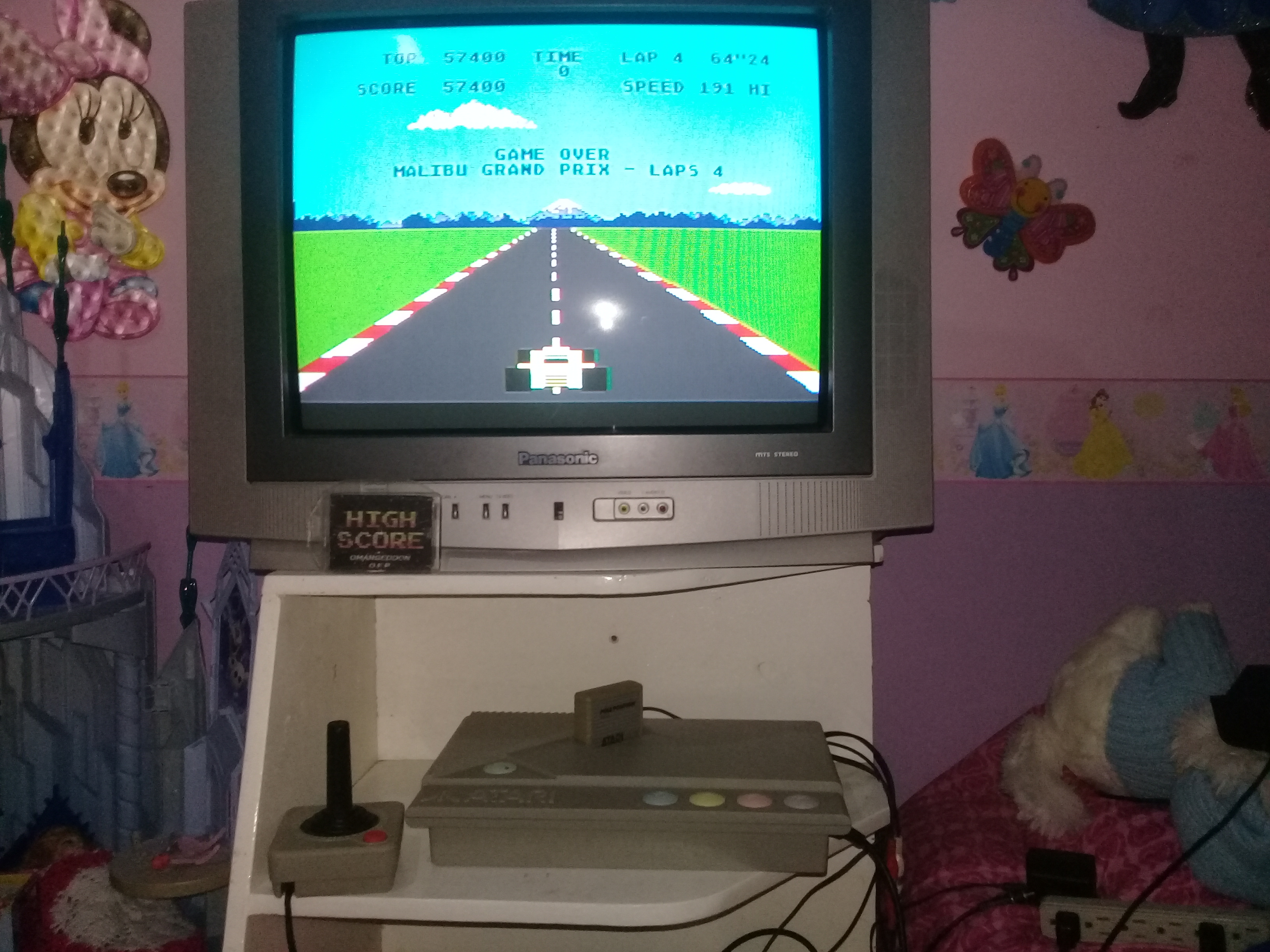 omargeddon: Pole Position: Malibu Grand Prix [4 Laps] (Atari 400/800/XL/XE) 57,400 points on 2019-05-06 19:16:57