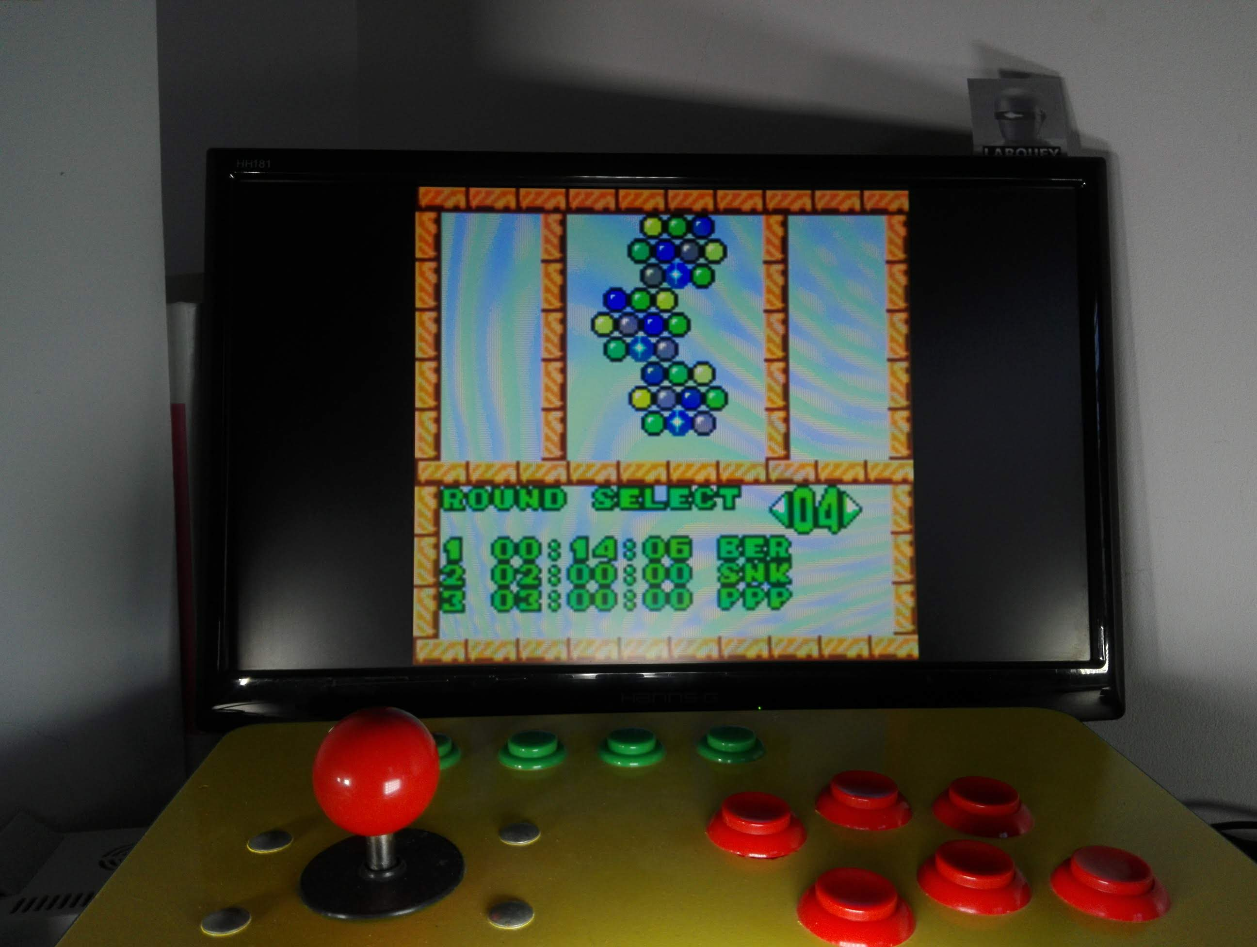 Larquey: Puzzle Bobble Mini: Puzzle [Round 04] (Neo Geo Pocket Color Emulated) 0:00:14.06 points on 2020-04-14 05:44:07
