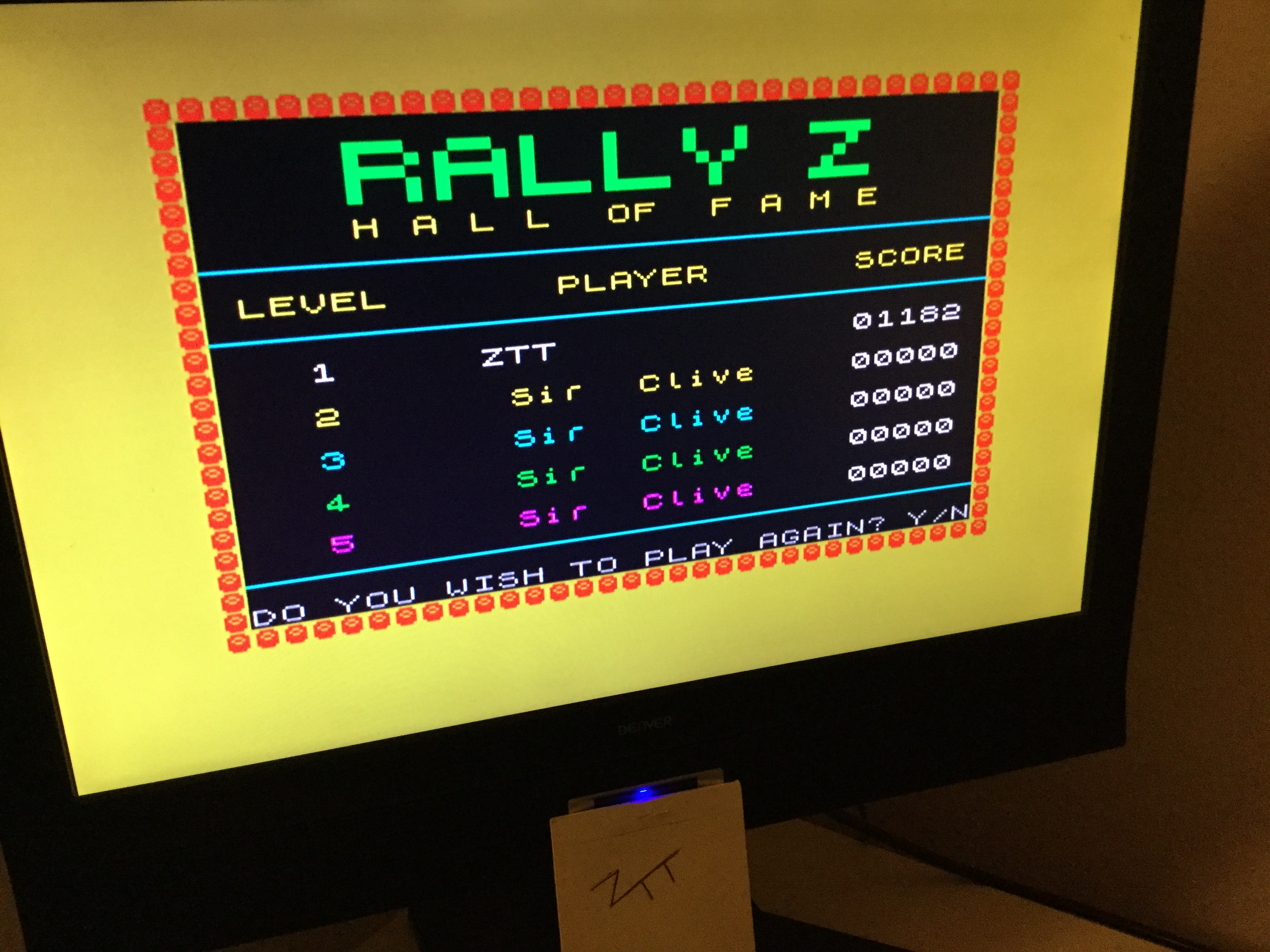 Frankie: Rally Z [Level: 1 / Speed: 1] (ZX Spectrum) 1,182 points on 2020-03-21 05:27:25
