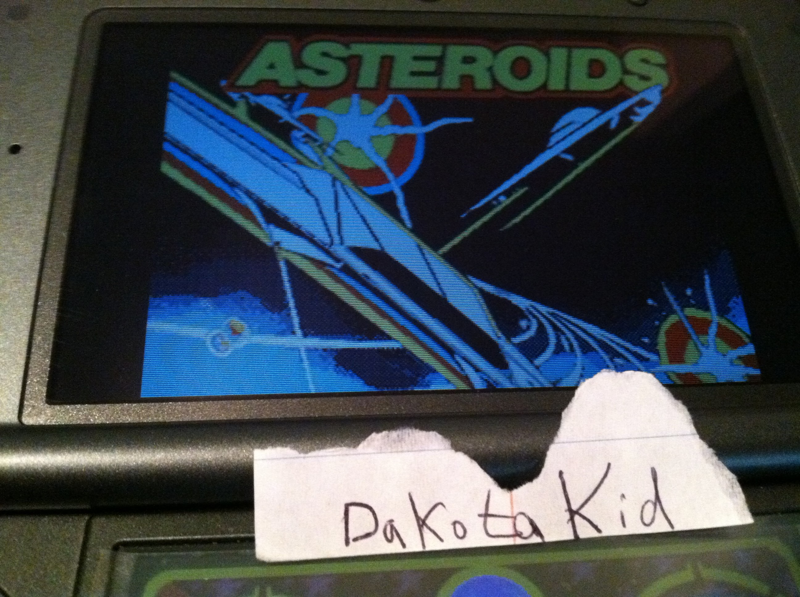 DakotaKid: Retro Atari Classics: Asteroids [Arcade] (Nintendo DS) 15,860 points on 2017-11-30 17:55:32
