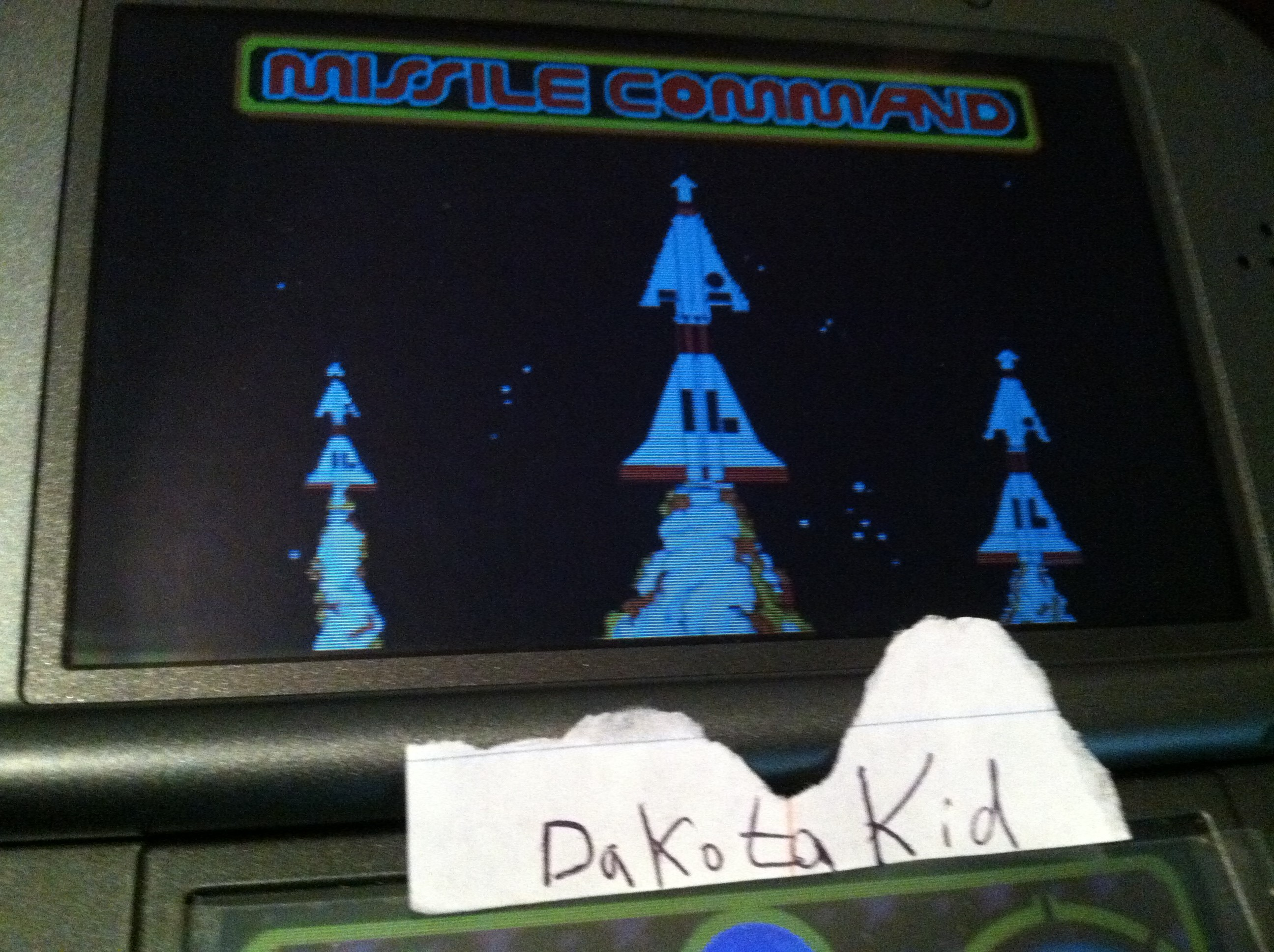 DakotaKid: Retro Atari Classics: Missile Command [Arcade] (Nintendo DS) 10,045 points on 2017-11-30 17:49:47