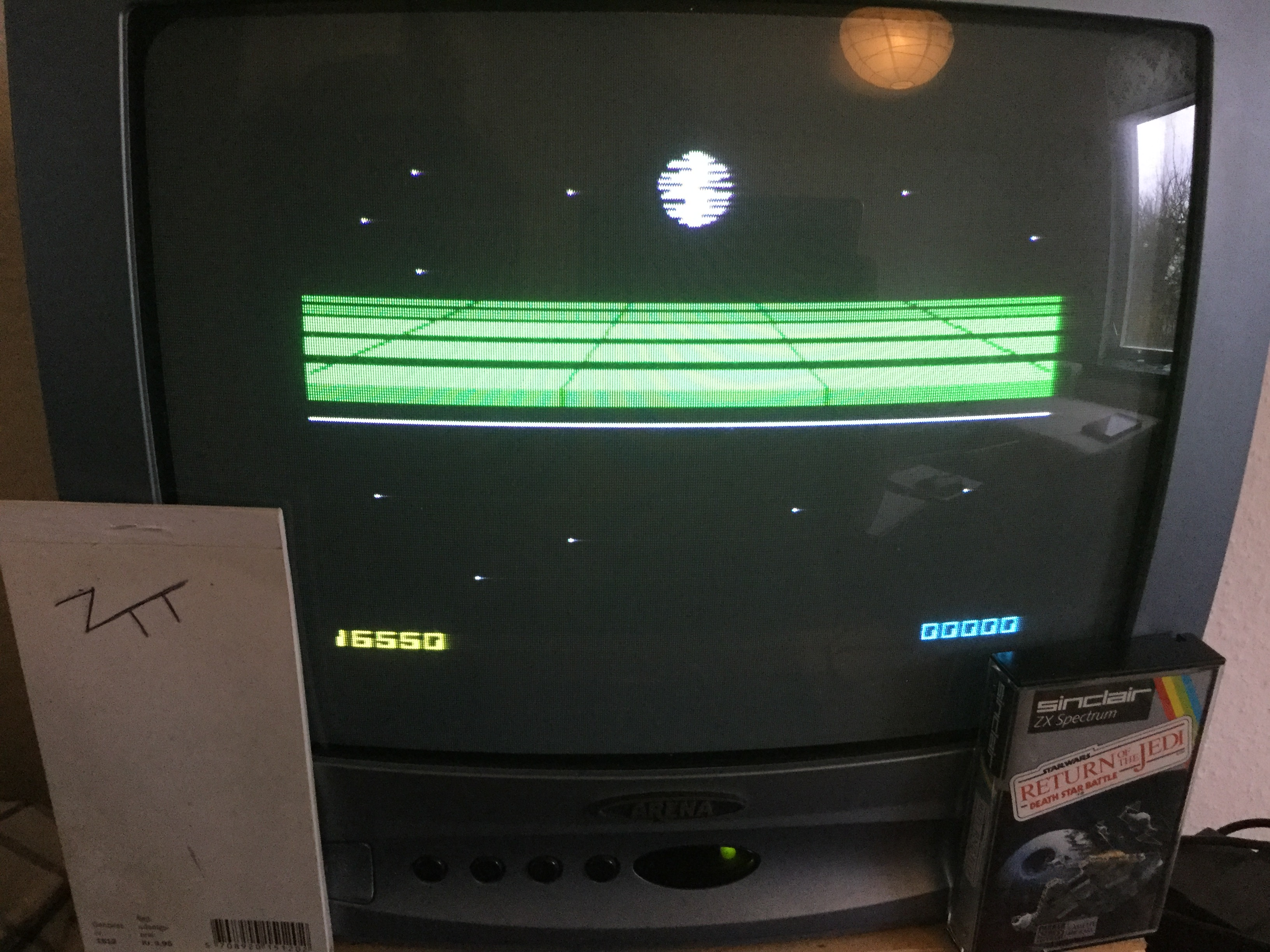 Frankie: Return Of The Jedi: Death Star Battle (ZX Spectrum) 16,550 points on 2019-02-21 04:48:36