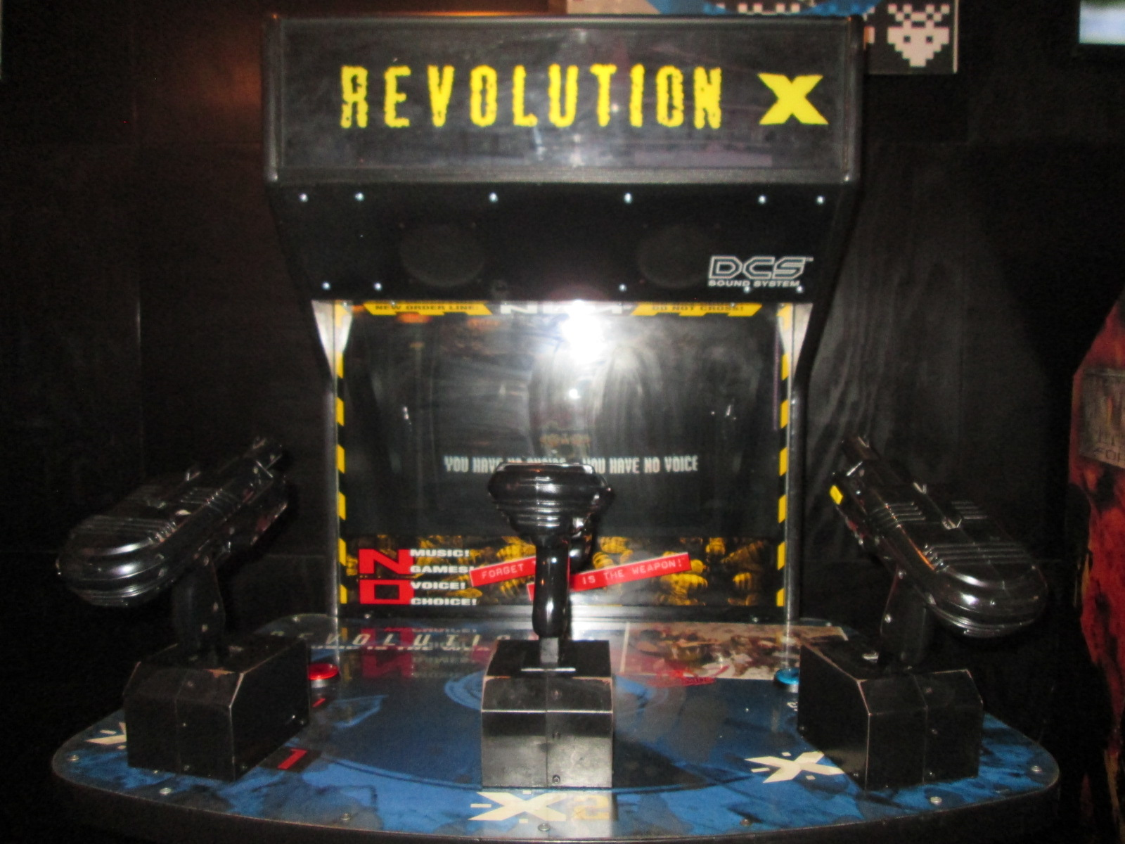 ed1475: Revolution X (Arcade) 251,000 points on 2016-09-25 15:05:32