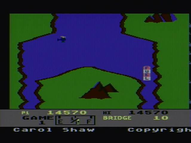 derek: River Raid (Atari 400/800/XL/XE) 14,570 points on 2016-03-27 20:10:30