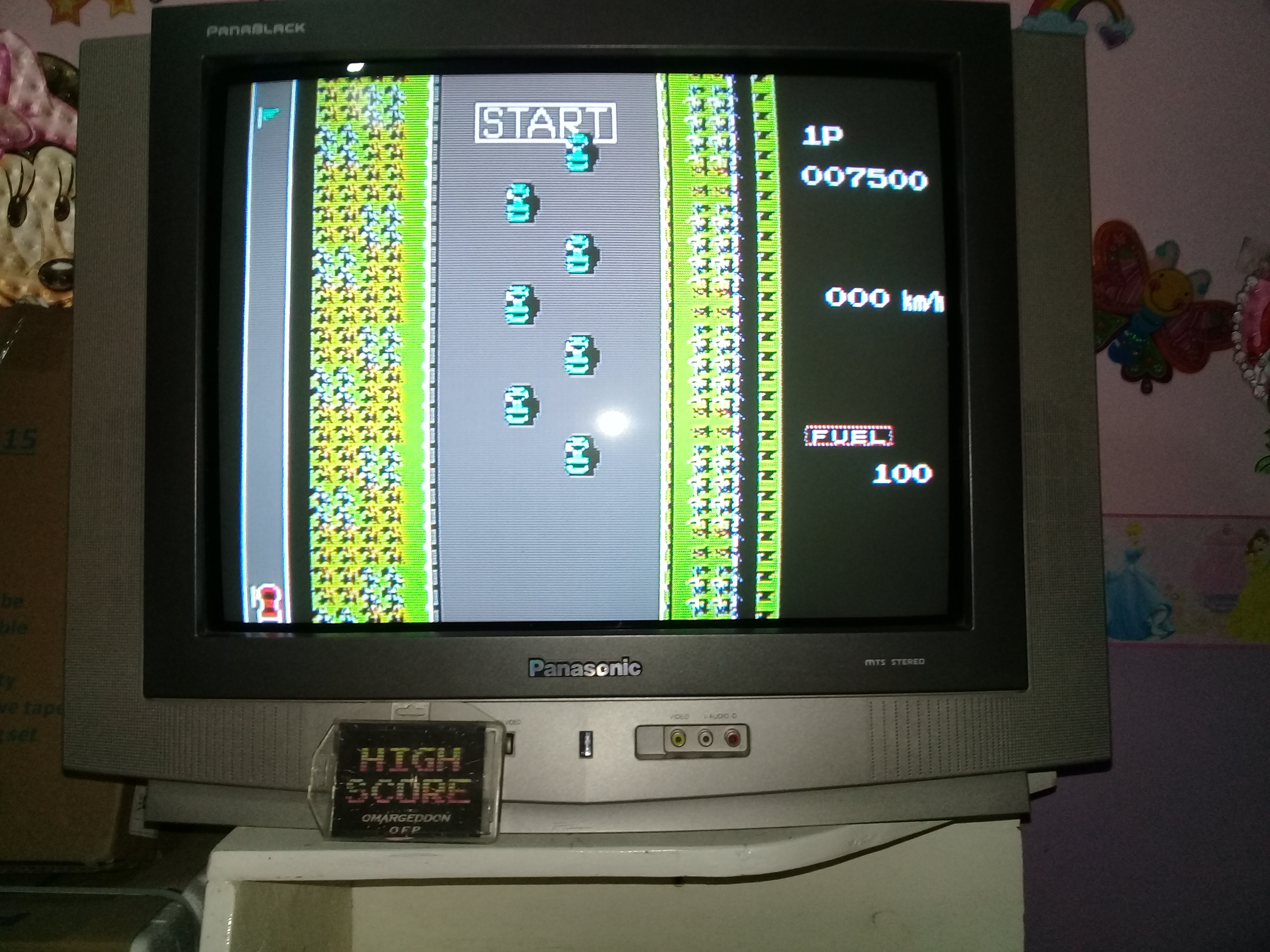 omargeddon: Road Fighter: Level 2 (NES/Famicom) 7,500 points on 2019-03-25 20:12:50