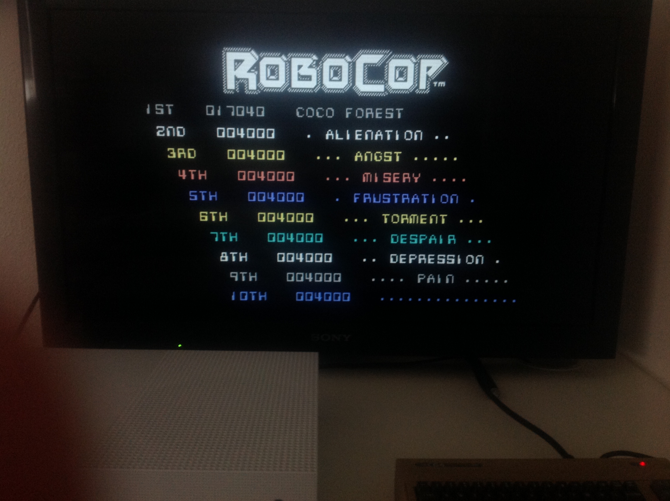 CoCoForest: RoboCop (Commodore 64 Emulated) 17,040 points on 2018-04-27 08:37:38