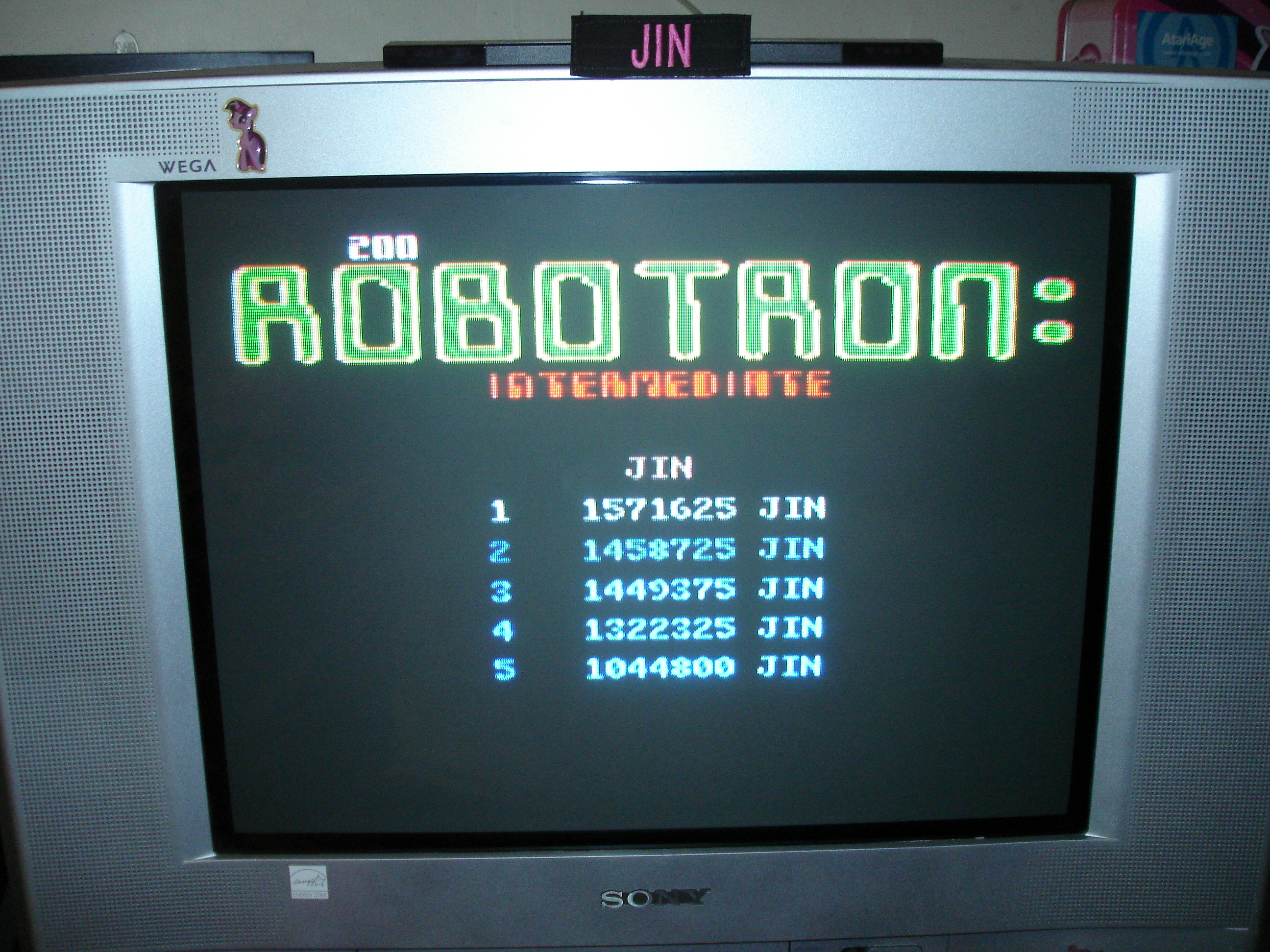 Robotron 2084: Intermediate 1,571,625 points