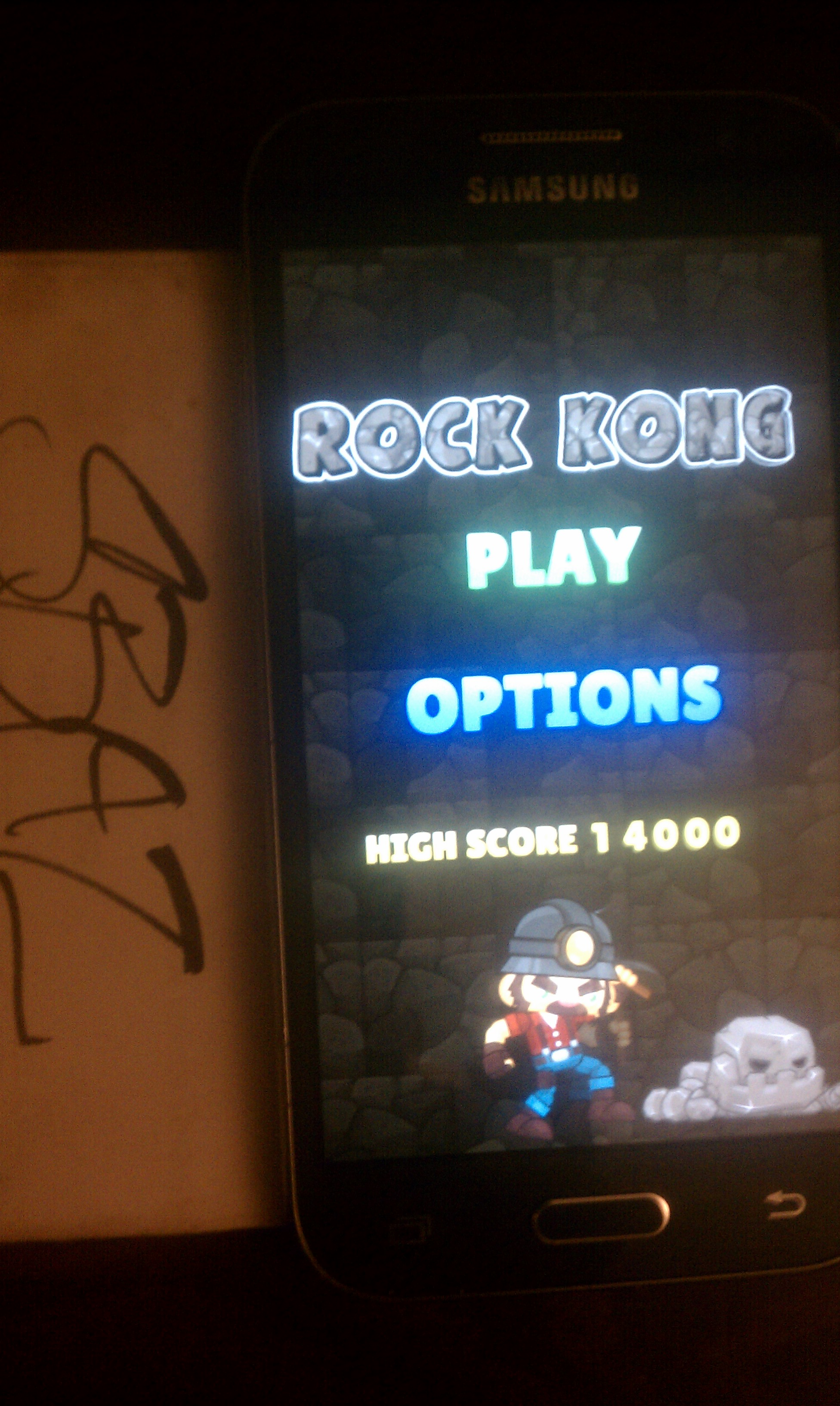 S.BAZ: Rock Kong (Android) 14,000 points on 2018-02-11 21:52:11