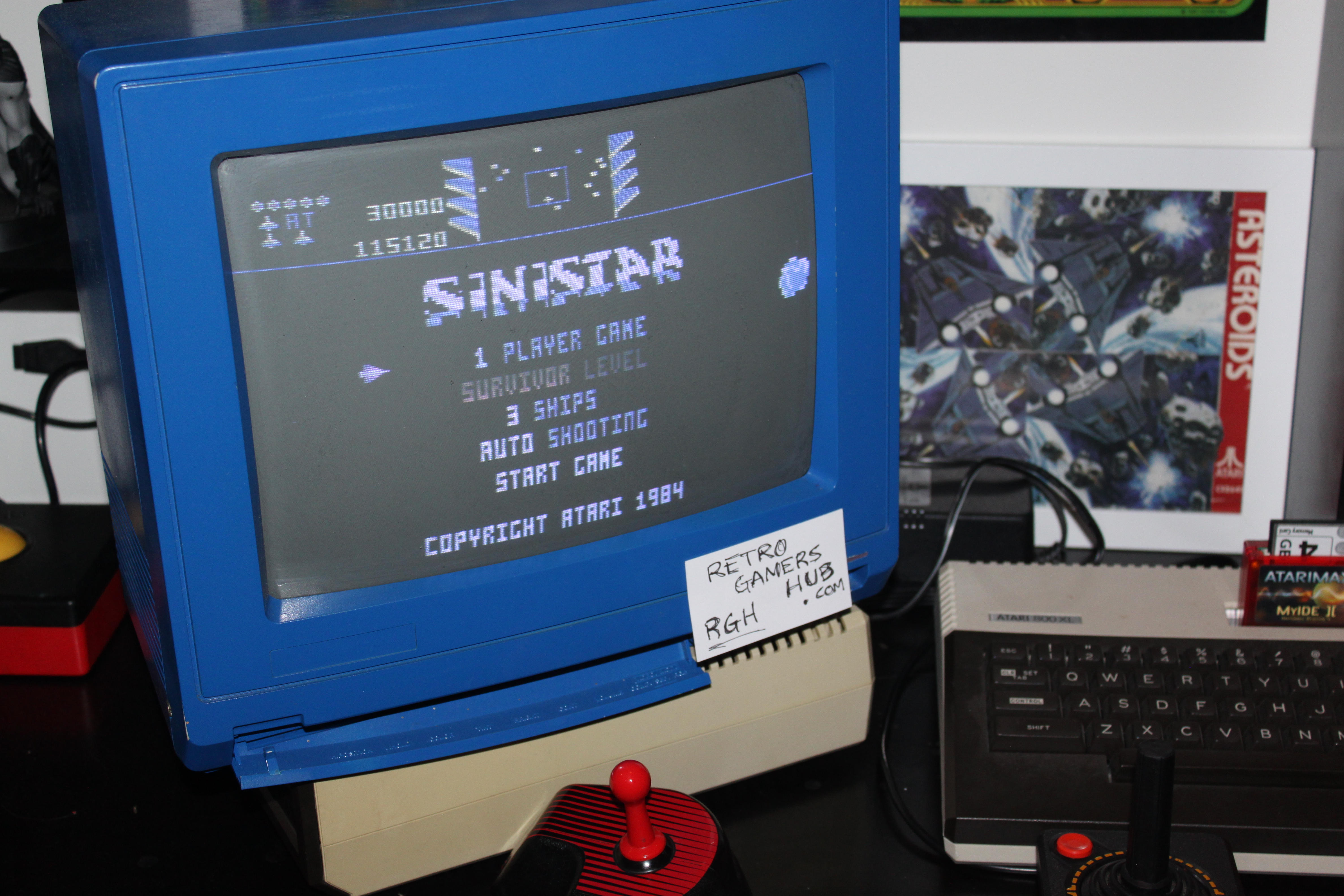 RetroGamersHub: Sinistar (Atari 400/800/XL/XE) 115,120 points on 2016-10-13 04:27:00
