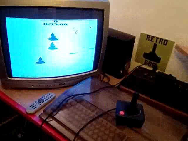 RetroRob: Skiing: Game 1 (Atari 2600 Novice/B) 0:00:33.08 points on 2020-09-01 10:59:37