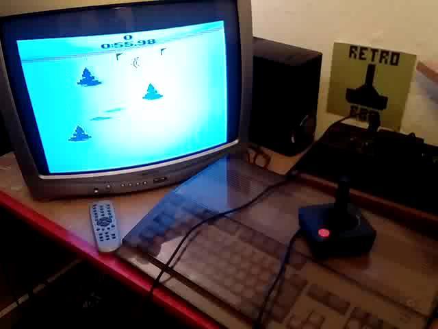 RetroRob: Skiing: Game 4 (Atari 2600 Expert/A) 0:00:55.98 points on 2020-08-30 13:55:52