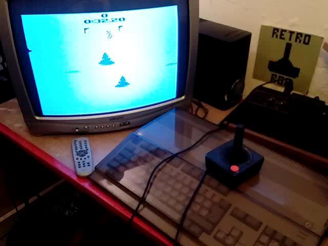 RetroRob: Skiing: Game 5 (Atari 2600 Expert/A) 0:00:32.2 points on 2020-08-30 14:04:45