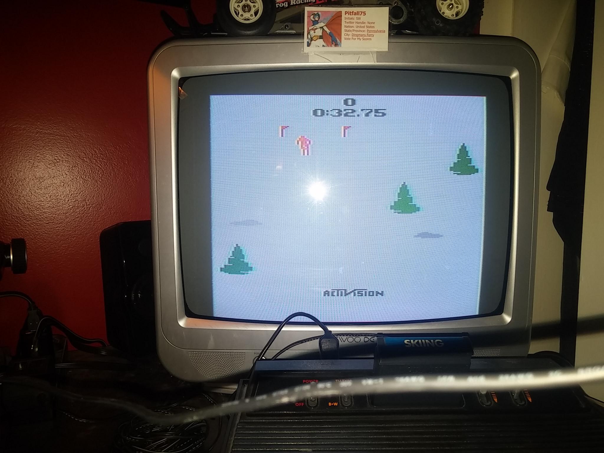 Pitfall75: Skiing: Game 5 (Atari 2600 Novice/B) 0:00:32.75 points on 2018-02-11 14:31:01