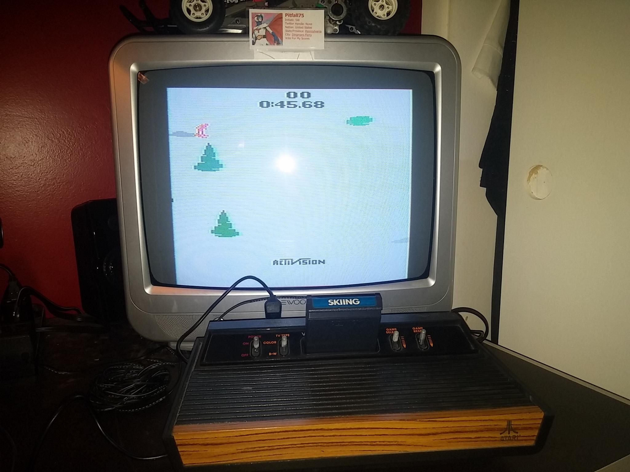 Pitfall75: Skiing: Game 8 (Atari 2600 Novice/B) 0:00:45.68 points on 2018-02-11 14:36:54