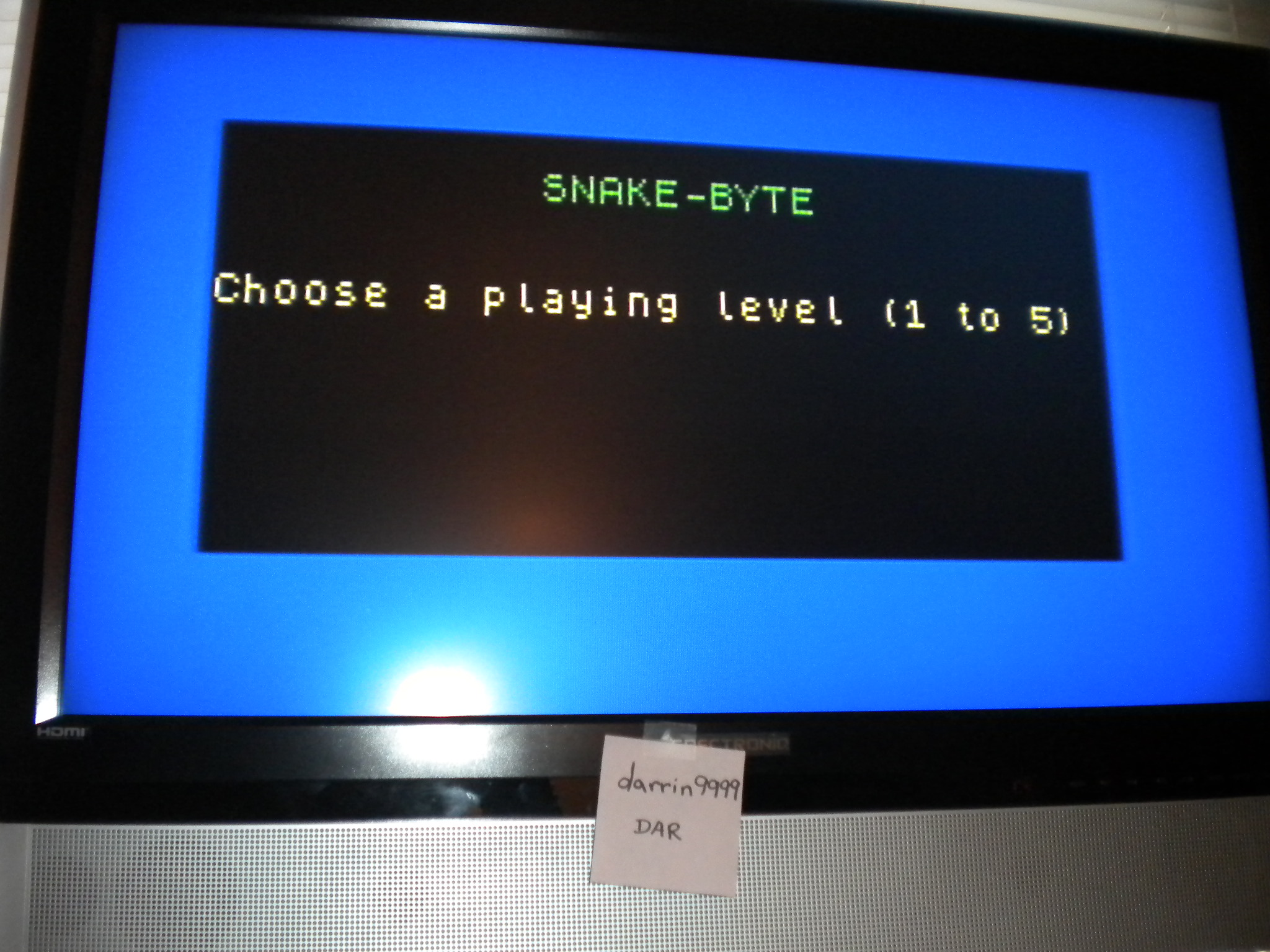 darrin9999: Snake Byte [Pi Software] [Level 1] (ZX Spectrum Emulated) 66 points on 2016-12-17 10:19:44