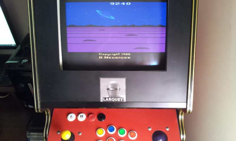 Larquey: Solaris (Atari 2600 Emulated Novice/B Mode) 9,240 points on 2018-06-17 13:23:36