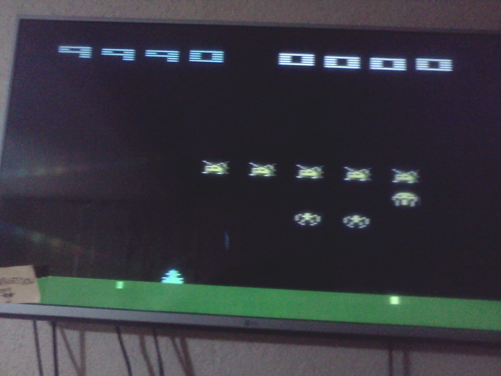 omargeddon: Space Invaders (Atari 2600 Novice/B) 9,990 points on 2016-08-04 21:18:38