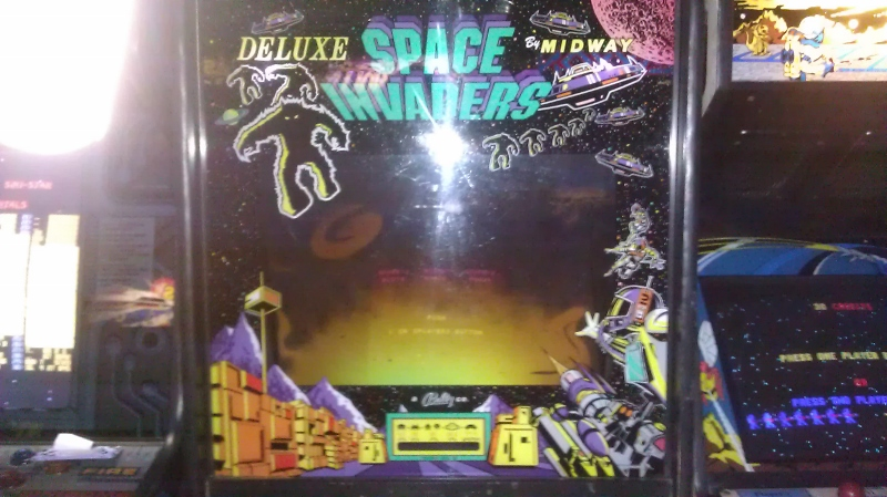 Space Invaders Deluxe 2,270 points