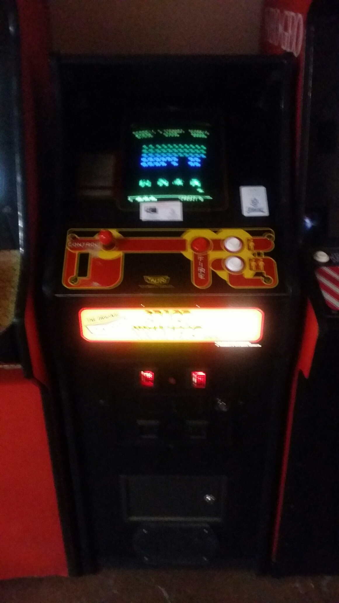 Space Invaders Deluxe 7,830 points