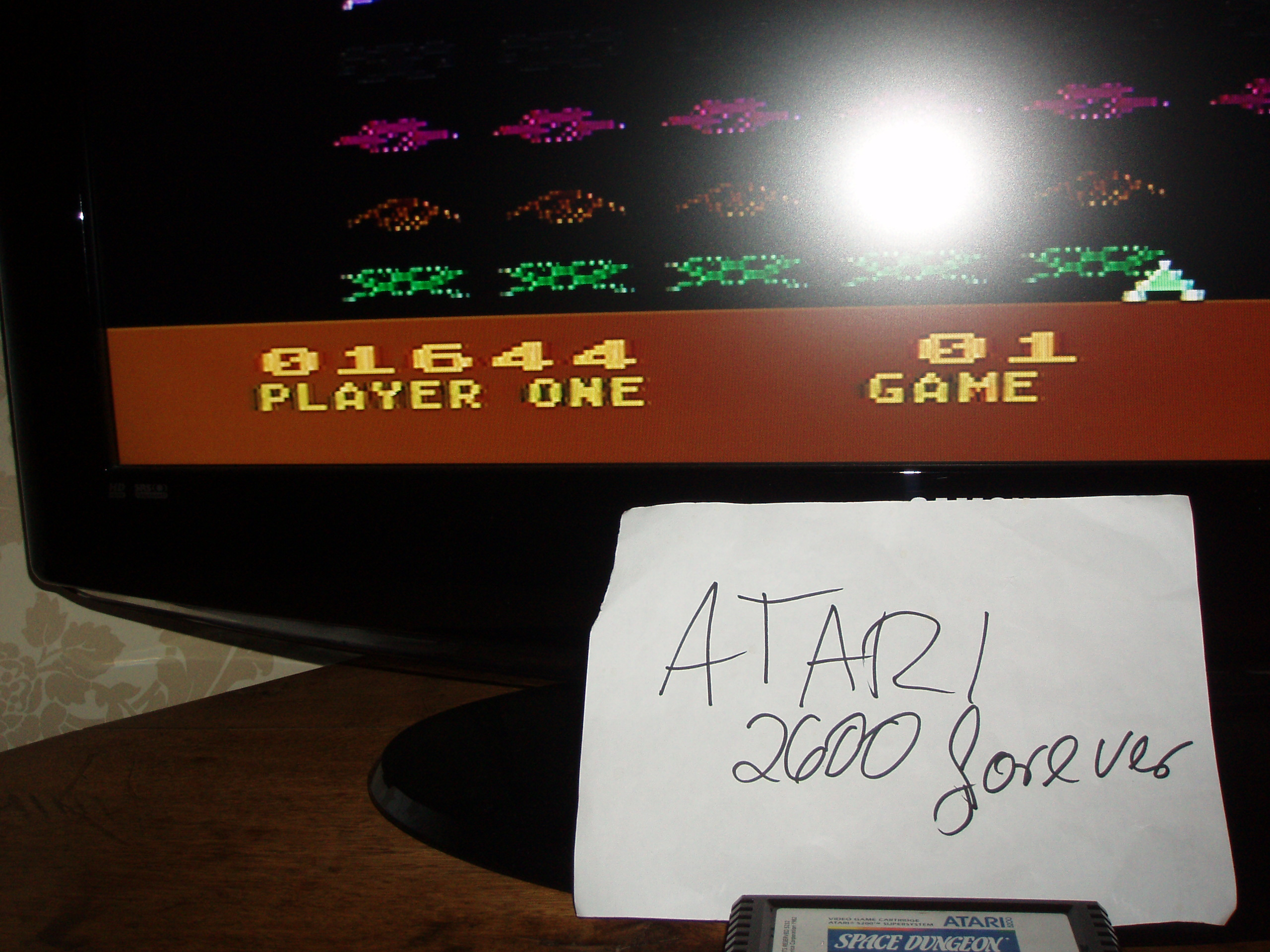Space Invaders: Game 1 1,644 points